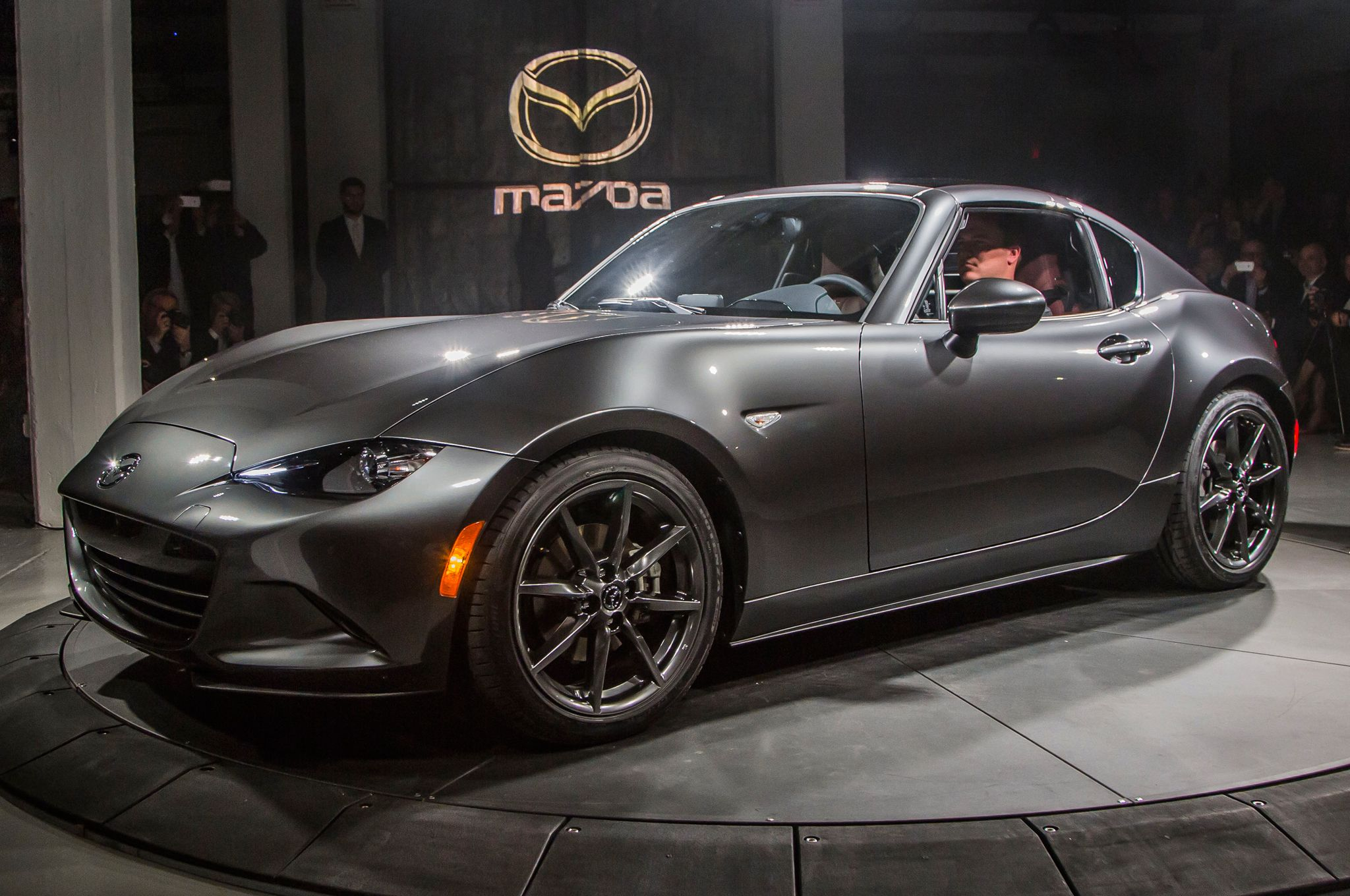 Mazda Mx5 Debuts In New York With Hard Top Automotive