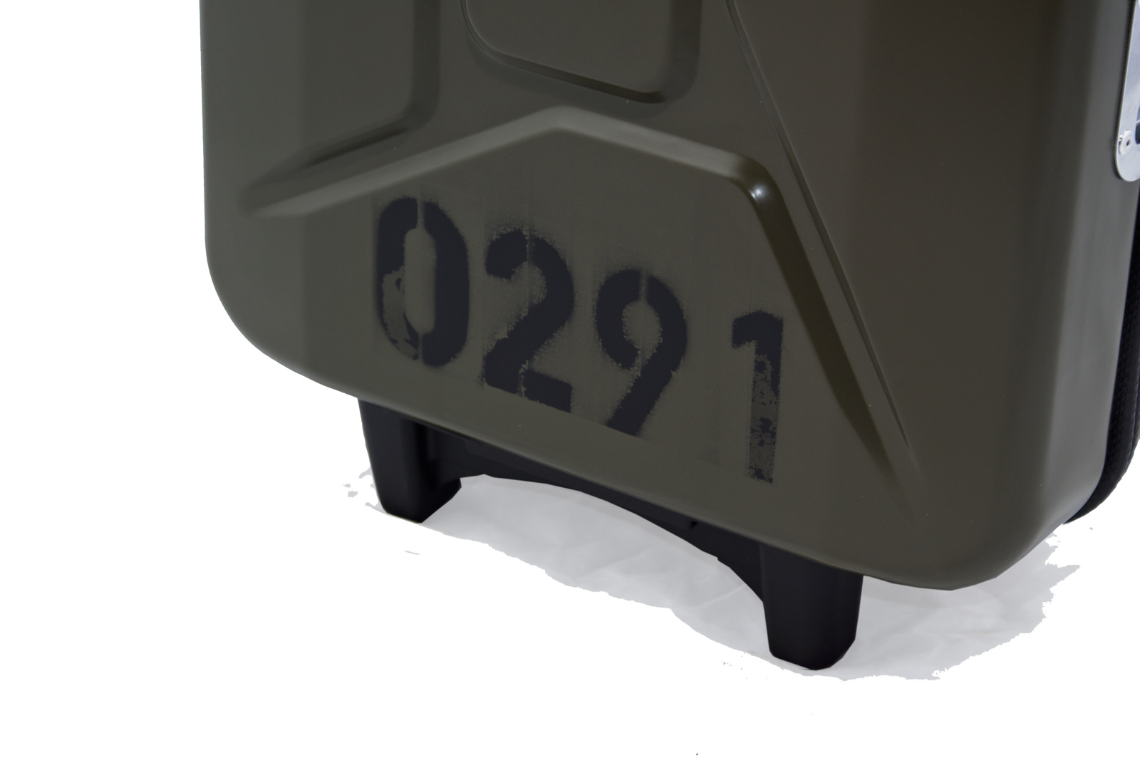 armygreen G-case jerrycan luggage 4